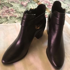 Ted Baker London NWOB wms boots